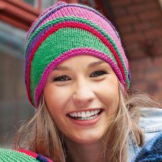 Описание вязания на спицах шапки с эффектом волн из журнала «Сабрина. Специальный выпуск» №11/2015