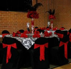 black and white wedding flowers,  black and white wedding decor, black wedding flower centerpiece, wedding flower arrangement, add pic source on comment and we will update it.
