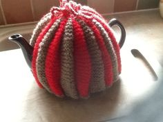 Fluted teapot cosy £10.00