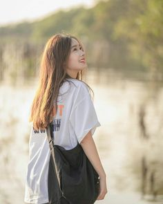 Ulzzang Korean Girl, Fashion Design Sketches, Girl Face, Beautiful Asian Girls, Asian Beauty, Besties, Casual Outfits, Poses, Actresses