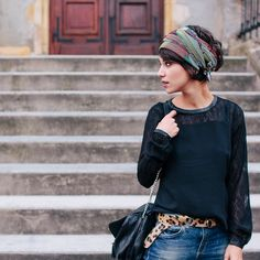 And Why Not Coline : eppcoline : Fashion / French Style / Head Scarf / Outfit / Pretty Hairstyles, Scarf Hairstyles Short, French Hairstyles, Headband Hairstyles, Style Short Hair Pixie, Boho Hair Short, Short Hair Bandana, Pixie Cut Curly Hair, Short Thin Hair