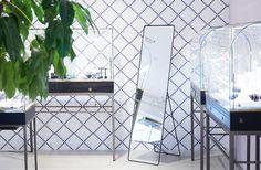 Interior design, retail, Jewelry store. Furniture design, steel, glass and brass.