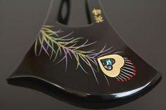 孔雀と螺鈿のバチ型簪