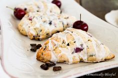 Scones with Dark Chocolate and cherry