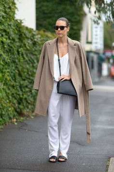 Outfit inspiration from Down Under: must-see stylish looks spotted in Australia.