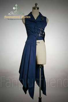 Steampunk coat, could be awesome to use for a Ciel Phantomhive cosplay. Steampunk version that is Steampunk Costume, Steampunk Armor, Steampunk Dress, Steampunk Clothing, Character Outfits, Mode Inspiration, Costume Design, Cosplay Costumes, Pirate Costumes