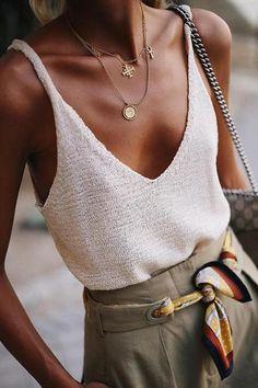 Look Fashion, Trendy Fashion, Womens Fashion, Fashion Tips, Runway Fashion, Trendy Style, Classic Fashion Outfits, Beach Style Fashion, Dress Fashion