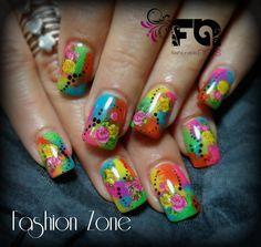 Nails. so funny Diseño hecho en Fashion Zone Monterrey 8348.9999. Especialistas en uñas acrílicas.