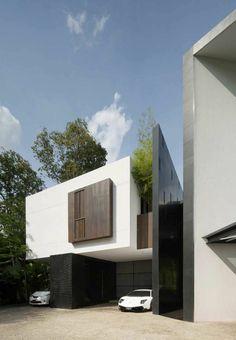 maison-contemporaine-de-style-minimalisme-avec-voitures-de-luxe-blanches.jpg (700×1011)