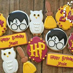 Harry Potter Torte, Harry Potter Desserts, Harry Potter Fiesta, Harry Potter Cupcakes, Harry Potter Bday, Harry Potter Birthday Cake, Harry Potter Food, Cookies For Kids, Fancy Cookies
