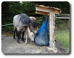 Paddock-Trail - Heufütterungen für Pferde