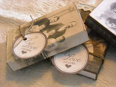 Wouldn't this be sweet with old family photos?  So gonna do this.
