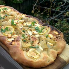 Artichoke Flatbread with Garlic and Lemon - Recipes, Dinner Ideas, Healthy Recipes & Food Guide