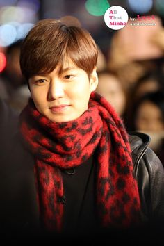 http://www.dramafever.com/news/9-candid-photos-of-lee-min-ho-at-guerrilla-date/