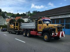 ○ SAURER heavy hauling transprt with flatbed trailer hitched Flatbed Trailer, Trailer Hitch, Trucks, Transportation, Bern, Truck, Rolling Stock, Cars