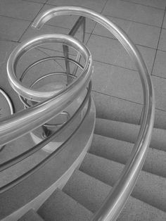 De La Warr Pavilion, Bexhill-on-Sea Erich Mendelsohn, Spiral Stairs Design, Brutalist, Bath Design, Pavilion, Living Spaces, Art Deco, Waves, Steel