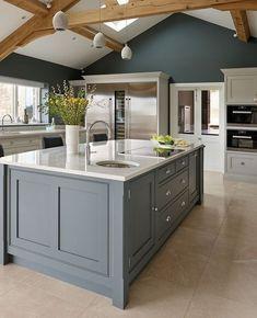Cosy Kitchen, Open Plan Kitchen Living Room, Kitchen Dining Living, Home Decor Kitchen, Kitchen Interior, New Kitchen, Kitchen Ideas, Kitchen Island, Shaker Kitchen