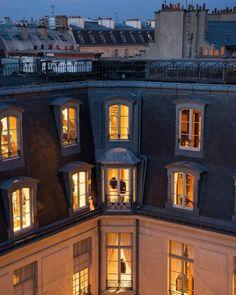 Parisian Apartment, Dream Apartment, Beautiful World, Beautiful Places, Boulevard Saint Germain, City Aesthetic, Autumn Inspiration, Future House, Around The Worlds