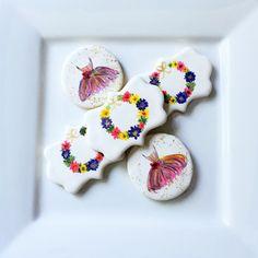 Custom Hand Painted Birthday Flower Crowns and Tutu Dresses… Sugar Love, Tutu Dresses, Cookie Designs, Flower Crowns, Cookie Decorating, Sugar Cookies, Hand Painted, Decoration, Birthday