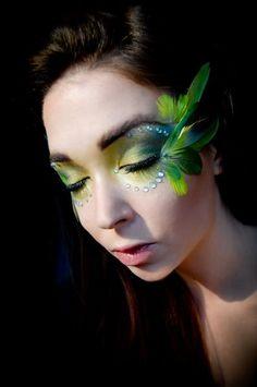 90 Pretty yet Scary Halloween Make Up Ideas - Fashionetter Bird Makeup, Eye Makeup, Makeup Geek, Beauty Makeup, Maquillaje Halloween, Halloween Makeup, Scary Halloween, Cosplay Makeup, Costume Makeup