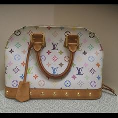 "Luis Vuitton shoulder bag white Great condition! Dimensions are 12"" wide by 9"" high. Louis Vuitton Bags Shoulder Bags"