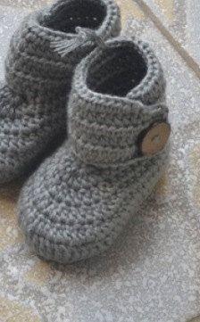 Grey Crochet Baby Booties Newborn Crochet Shoes by BabyGirlsGlam, $14.99