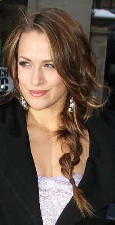 Google Image Result for http://www.haironthebrain.com/wp-content/uploads/2010/09/Shantal-Vansanten-long-braid.png