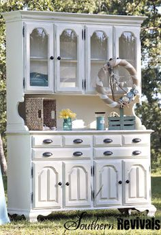 It's an Island Life for Me ~ A China Hutch Story - Southern Revivals Repurposed Furniture, Rustic Furniture, Painted Furniture, Diy Furniture, Furniture Design, Furniture Projects, Furniture Making, Furniture Makeover, Furniture Inspiration