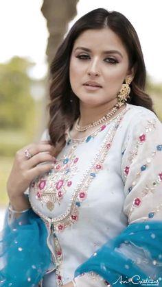 Bridal Suits Punjabi, Asian Wedding Dress Pakistani, Pakistani Party Wear, Pakistani Dress Design, Embroidery Suits Punjabi, Hand Embroidery Dress, Embroidery Suits Design, Embroidery Designs, Sharara Designs