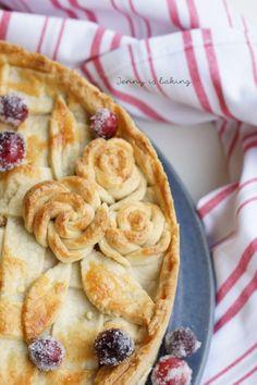 Apple Cranberry Almond Pie