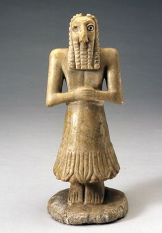 museumofclassicalantiquities:  Limestone statue of Sumerian man  The man posture and position of his hands indicate that he is a pious man. He is a priest or perhaps a god.  Sumerian, 3000 - 2500 BC  Found in the ancient temple of Khafaje, northeast of the modern city Baghdad.  Source: Worcester Art Museum