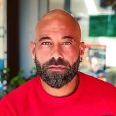 201k Followers, 7,439 Following, 18.9k Posts - See Instagram photos and videos from BEARDS IN THE WORLD (@beard4all) Bald Men With Beards, Bald With Beard, Great Beards, Awesome Beards, Shaved Head With Beard, Beard Head, Beard Styles For Men, Hair And Beard Styles, Bald Men Style