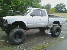 Datsun 720 4x4 Lifted Lifted 720s? post em up - 720
