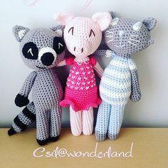 #crochetersondoudou #crochet #amigurmi #pig #pink #raccoon #grey #cat #blue…