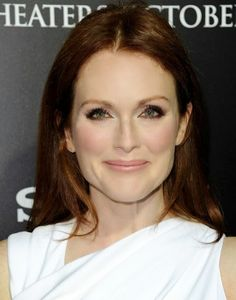 Julianne Moore - beautiful long hair