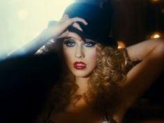 Christina Aguilera - Burlesque