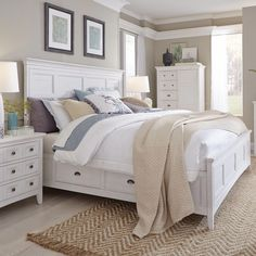 Heron Cove Relaxed Traditional Soft White Panel Bed with Storage Rails (Queen), Beige Off-White White Bedroom Set, King Bedroom Sets, Bedroom Furniture Sets, Bedroom Decor, Ivory Bedroom, Decorating With White Bedroom Furniture, Bedroom Ideas, Farmhouse Bedroom Furniture, Master Bedrooms