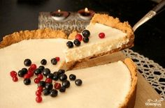 Cake with condensed milk. Recipes with photos of delicious pie. Pie tea cream Day to make handicrafts Year Condensed Milk Cake, Cheesecake, Homemade Pastries, Good Food, Yummy Food, Sweet Pie, Russian Recipes, Milk Recipes, Unique Recipes