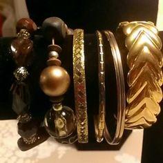 Bundle of bracelet 7 brackets gold tone and brown Jewelry Bracelets