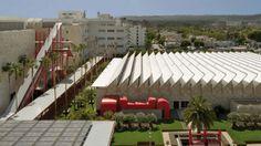 Renzo Piano,  RESNICK PAVILLION, LOS ANGELES COUNTY MUSEUM OF ART (LACMA)