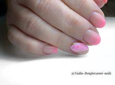 """Manicure🍀, Pedicure🍀. Bulle on Instagram: """"manucure #manicure #bulle #fribourg #swissnails #suisseongles #swissnailart #montreuxriviera #pedicure #beautedesmains #beautedespieds…"""" Manicure At Home, Nails, Beauty, Instagram, Nail Care, Natural Manicure, Nail Treatment, Bubbles, Finger Nails"""