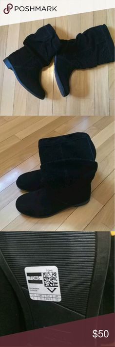 """New Womens Toms """"Serra"""" Black Suede boots. New Womens Toms """"Serra"""" Black Suede Perforated Slouch Boots Size 5 TOMS Shoes Ankle Boots & Booties"""