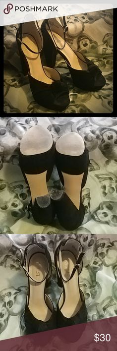 """Super sexy peep-toe suede heel Black suede, ankle wrap with buckle closure, heel us 5.5"""", platform is 1.5"""", worn once in a wedding, great condition!! Kelsi Dagger Shoes Heels"""