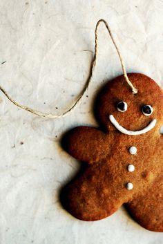 Gingerbread man by Panpepato senza pepe, via Flickr