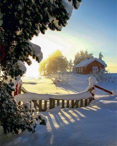 ***Winter in the country (Væleren, Norway) by Lasse Hysvær (@ama.foto) on Instagram ❄️c.