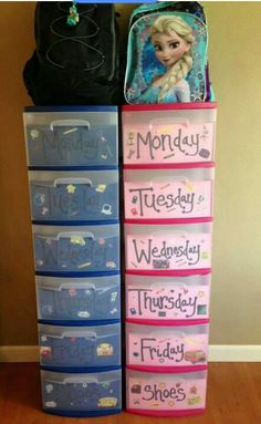 58 Genius Toy Storage Ideas & Organization Hacks for Your Kids' Room - Can't stand toys and books everywhere in your house? Try these 34 toy storage ideas & kids room o - Organisation Hacks, Kids Room Organization, Clothing Organization, Weekly Clothes Organizer, Organization Ideas For Bedrooms, Daily Organization, Back To School Organization, Closet Ideas, Storage Ideas For Kids