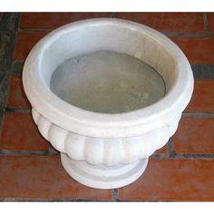 Maceta De Cemento | Mercado Libre Concrete Bowl, Garden Pots, Bird, Outdoor Decor, Home Decor, Square Planters, Cement Pots, Free Market, Gardens