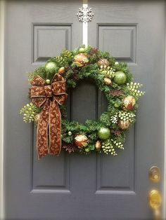 Brown and Green Green Christmas Wreath by WreathsByRebeccaB Christmas Advent Wreath, Christmas Wreaths To Make, Christmas Flowers, Green Christmas, All Things Christmas, Christmas Time, Christmas Crafts, Christmas Decorations, Holiday Decor