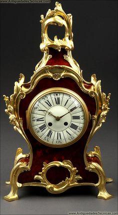 Reloj Francés en Bronce y Concha de Tortuga. Circa 1870