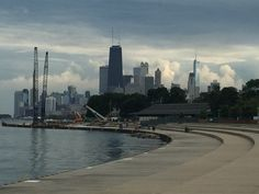 even on a cloudy day, the #chicago #skyline is gorgeous!